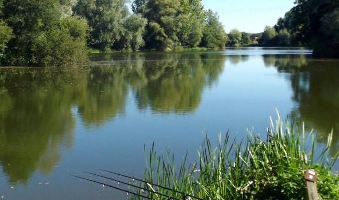 Broadlands Lakes