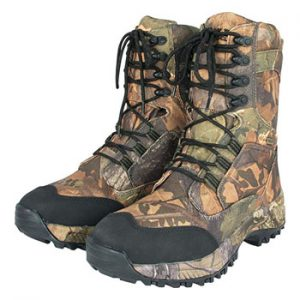 8 Best Carp Fishing Boots for 2021 3