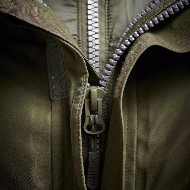 Trakker Summit XP Zips Closeup